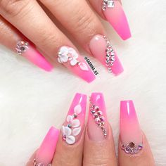 Magnificent Coffin Nails Designs You Must Try Glam Nails, Fancy Nails, Bling Nails, Cute Nails, Perfect Nails, Gorgeous Nails, Fabulous Nails, 3d Acrylic Nails, 3d Nails