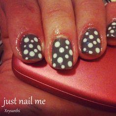 grey & white dots