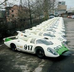 PORSCHE 917   LMP CARS 《 ポルシェ、フェラーリ、アストンマーチン、ベンツ、BMW 等の輸入・販売 》