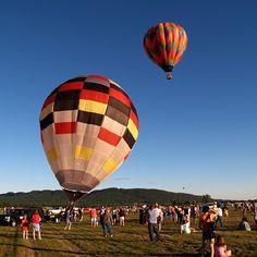 Taking a balloon ride in Western MA. #hotairballoon #balloons #flying #Massachusetts #Amherst #photography #photo #noedit #iPhone #instagram