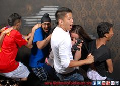 this is why you should bring close friends when you visit nightmares fear factory!