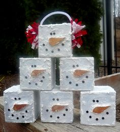 cute diy snowman blocks