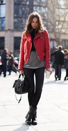 http://de.withchic.com/red-lapel-long-sleeve-zipper-leather-jacket/