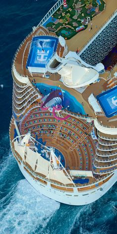 Symphony of the Seas is packed with things to do and onboard cruise activities for families and adults. Cruise Travel, Cruise Vacation, Vacation Trips, Royal Cruise, Royal Caribbean Cruise, Crucero Royal Caribbean, Cruise Ship Pictures, Symphony Of The Seas, Harmony Of The Seas