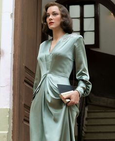 starring and is a gripping thriller film, but you'd be forgiven if you were distracted from the action… Red Carpet Gowns, Marion Cotillard, Costume, Hollywood Glamour, Beautiful Bride, Fashion Beauty, Vintage Fashion, 1940s Fashion, Wrap Dress