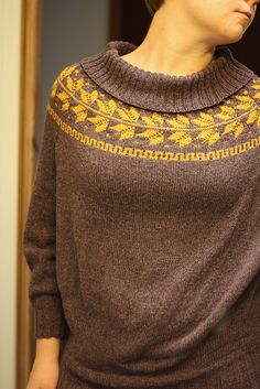 Fair isle yoke with leaves, knitting. Only available in Norway :'( Fair Isle Knitting Patterns, Sweater Knitting Patterns, Cardigan Pattern, Knitting Designs, Knit Patterns, Fall Sweaters, Sweaters For Women, Harry Potter Knit, Crochet Tunic