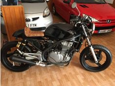 Kawasaki ER5 Cafe Racer