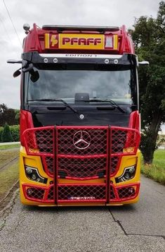 Mercedes Benz Commercial, Mb Truck, Mercedes Benz Trucks, Mp5, Heavy Truck, Techno, Buses, Vehicles, Motorcycles