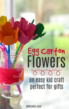 This egg carton craft is the perfect gift from kids. Egg carton flowers will last forever and are easy to make! #kidcraft #craftsforkids