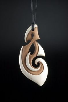 Path of Life Pendant by Kerry Kapua Thompson, Māori artist (KT40605)