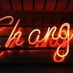 Change is Here! Are you ready to shine? -- Photo by: Ross Findon on Unsplash -- Formation Digital, Find Your Why, Der Plan, Change Management, Brand Management, Management Tips, House Smells, Simple Way, You Changed