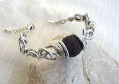 Bracelet roche volcanique et aluminium....