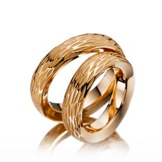 Wedding rings Safari, Red Gold 585/- Width: 6.00 - Height: 3.50. All wedding rings can be configured to your exact specifications.