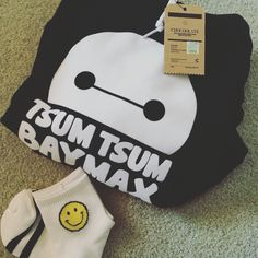 Simple and cute baymax hoodie from TSUMTSUM X :CHOCOOLATE Hk paired with little smiley socks @yoybuy