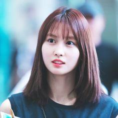 TWICE MOMO Kpop Girl Groups, Korean Girl Groups, Kpop Girls, The Band, Nayeon, Hirai Momo, Reality Tv Shows, One In A Million, South Korean Girls