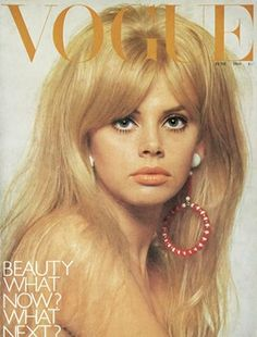 Fashion Beauty on Vogue Covers - Twiggy Britt Ekland British Vogue Vogue Magazine Covers, Fashion Magazine Cover, Fashion Cover, 1960s Fashion, High Fashion, Fashion Fashion, Fashion Vintage, Trendy Fashion, Fashion Ideas
