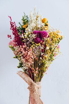 Dried Flower Bouquet, Dried Flowers, Flower Bouqet, My Flower, Beautiful Flowers, Cactus Flower, Exotic Flowers, Purple Flowers, Flores Diy