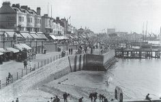 Southend on Sea, Marine Parade, August 1898. | Flickr - Photo Sharing!