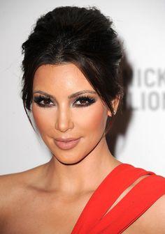 Kim Kardashian amasing make-up