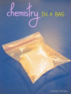 Chemistry for Kids {Aligns with NGSS {science} Freebie! Chemistry for Kids science experiment in a bag – instructions, photos, and 2 student worksheets. My kids LOVE doing this chem experiment! Never fails to amaze and delight! 6th Grade Science, Preschool Science, Middle School Science, Science Experiments Kids, Science Classroom, Science Fair, Science Lessons, Science Education, Science For Kids
