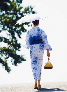 Japan(日本),Samurai(侍) & Life( 生活 ) — Yukata Yukata Kimono, Summer Kimono, Lauren Hutton, We Are The World, Japanese Outfits, Japanese Beauty, Japanese Lady, Japanese Style, Sari
