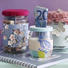 Mit Liebe zum Detail schenken - das geht auch mit einfachen Geldscheinen. Unsere kreativen DIY-Ideen zeigen, wie Sie aus Barem nette, Kitchen Design, Presents, Deco, Tins, Handmade, Crafts, Gift Ideas, Wrapping Gifts, Creative Ideas