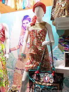 Moda 2017. Moda primavera verano 2017. Looks y moda urbana mujer y hombre. Marcas, diseñadores, ropa, calzado, accesorios en Buenos Aires, Argentina.