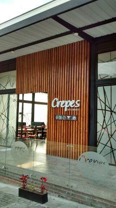 Restaurante crepes. Fachada restaurante crepes.