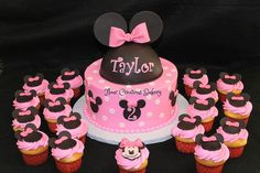 Minnie Mouse Birthday Cake and Cupcakes | Flickr - Photo Sharing!
