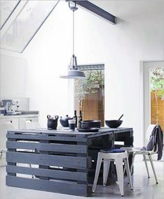 Decorating , DIY Wood Pallet – 20 Creative Furniture Idea : Island Kitchen Made From Wood Pallets