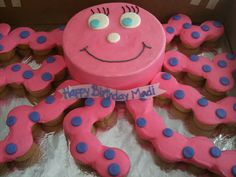 Octopus cake with cupcakes--Synny wants this for her 3rd birthday cake