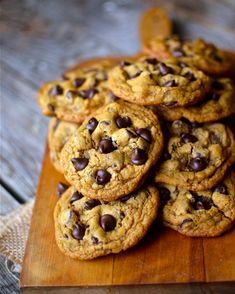 Yammie's Noshery: Chewy Pumpkin Chocolate Chip Cookies