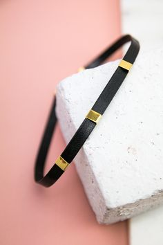 Indecisive Choker Cute Choker Necklaces, Diy Choker, Pendant Necklace, Jewelry Trends, Diy Jewelry, Everyday Necklace, Chocker, Leather Necklace, Gold