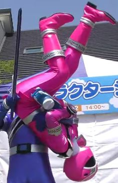 Power Rangers Cosplay, Pink Power Rangers, Digimon Cosplay, Bruno Mars, Puffer Jackets, Poses, Pictures, Figure Poses, Photos