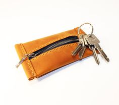 Leather Key Holder, Leather Key Case, Leather Keyring, Leather Purses, Leather Wallet, Triquetra, Natural Leather, Brown Leather, Key Bag