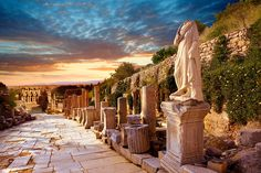 Pictures of Ephesus Archaeological Site, Turkey - Download stock photos or buy prints on line. Photographer Paul Williams