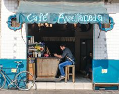 cafe avellaneda mexico city coyoacan coffee specialty espresso carlos de la torre sprudge - love the angle of the counter