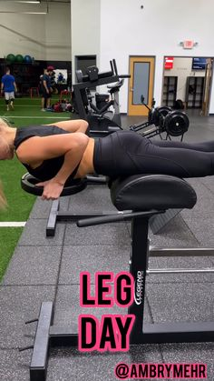 Sculpt your glutes and quads with this gym leg day workout. This workout uses machines, weighted plates and bodyweight exercises to get a killer workout. Tighten and tone your lower body. Killer Workouts, Leg Day Workouts, Butt Workout, Gym Leg Day, Fitness Studio Training, Transformation Body, Physical Fitness, Workout Videos, Exercise