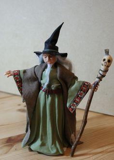 Jarlath the Wise, ooak mini wizard 1:12 scale by Jendlewick Dolls on Etsy.