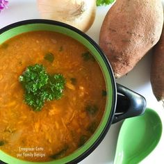 - Çorba Tarifleri - Las recetas más prácticas y fáciles Caldos Low Carb, Skinny Recipes, Healthy Recipes, Skinny Meals, Sopas Light, Sweet Potato Soup, Good Food, Food And Drink, Potatoes