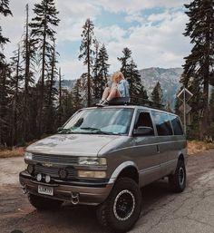 4x4 Van, Bug Out Vehicle, Cool Vans, Van Camping, Car Stuff, Van Life, Offroad, Safari, Wheels