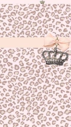 Pink & beige leopard lockscreen background to iphone5 with royal Crown accessory