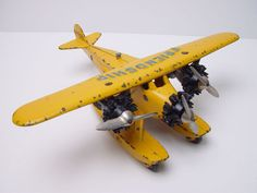 Rare Hubley Friendship Fokker Tri-Motor Seaplane Cast Iron Toy Airplane Plane #Hubley