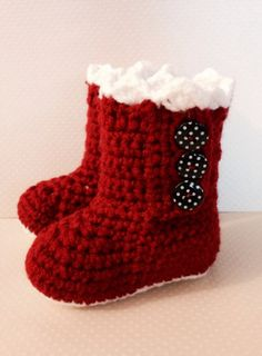 Crochet Girl Booties - Baby Girl - Crochet Baby - Sheep Clothing - Baby Shower Gift
