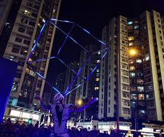 LED Juggling Cube in Hong Kong : In September Anta Agni returned to one of most beautiful cities in the world. During one week stay we performed ten shows for famous comercial centre and shoping mall Whampoa, as a part of mid autumn festival. Shoping Mall, Mid Autumn Festival, Most Beautiful Cities, Hong Kong, Cube, Times Square, Centre, September, World
