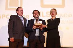 Enhorabuena a nuestro compañero Santi Torres de la Inmobiliaria Essencia! El pasado martes, 20 de octubre, recibió el Premio FAES Sector Construcción e Inmobiliarias. ¡Gran trabajo amigo!