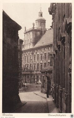 Uniwersytet Wrocławski 1911 rok Genius Loci, Photo Restoration, Prussia, Old Pictures, Genealogy, Ww2, Photographs, Louvre, Germany