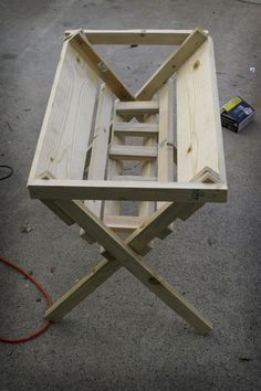 @Jerry DeLong....Step-by-step wooden manger instructions.~ ♥.   For our front yard....