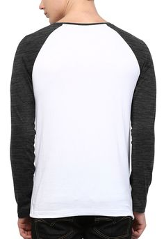 edb56c32ff Camiseta Manga Longa Wevans Atual Bolso Aplique Geometrico Branca