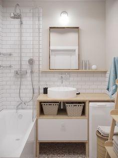 Широкая функциональная столешница рядом с умывальником делает ванну более удобной.